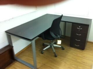 שולחן משרדי דגם CO