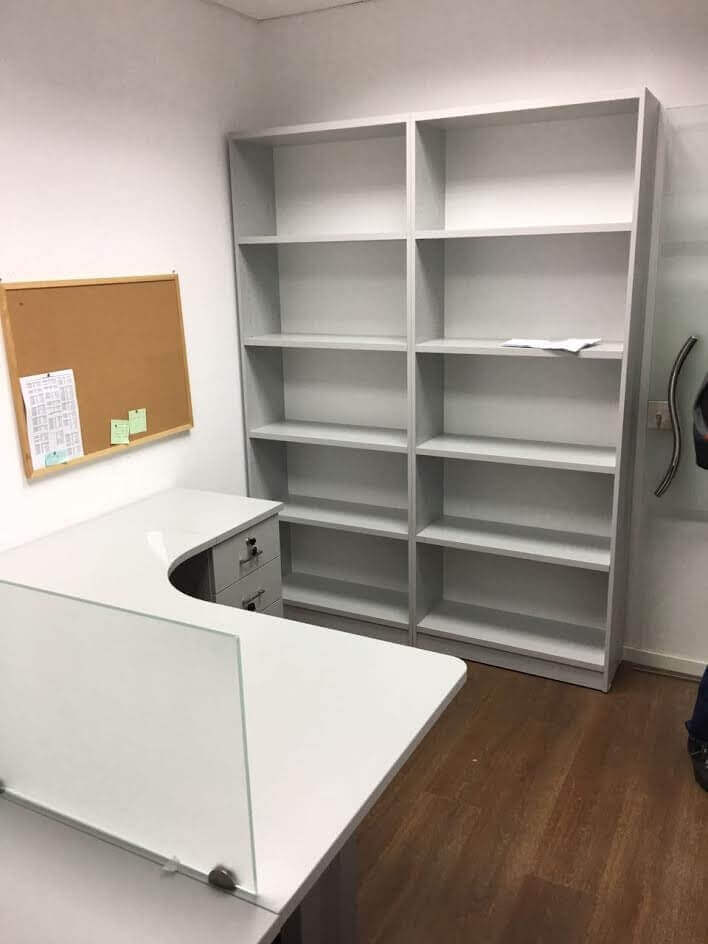 שולחן משרדי דגם CP