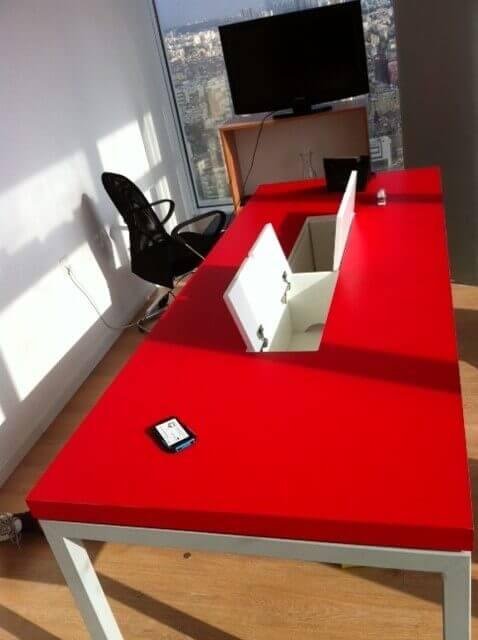 שולחן ישיבות דגם BAN