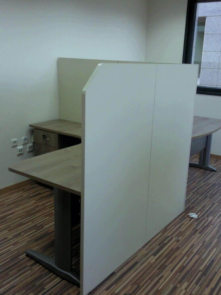 מחיצה למשרד מעץ דגם KH