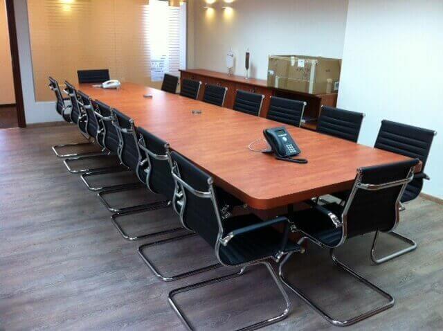 שולחן ישיבות דגם BJ