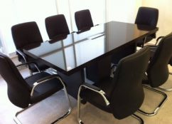 שולחן ישיבות דגם BH