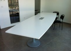 שולחן ישיבות דגם BF
