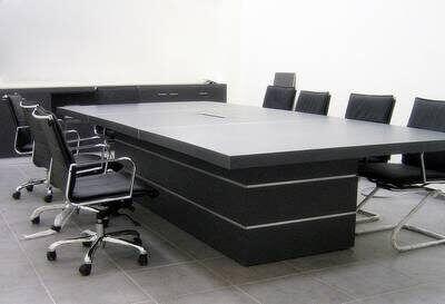שולחן ישיבות דגם BAK