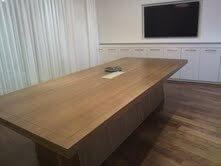 שולחן ישיבות דגם BAI
