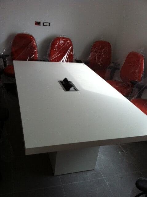 שולחן ישיבות דגם BAG