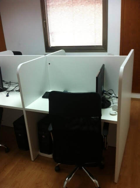מחיצה למשרד מעץ דגם KL