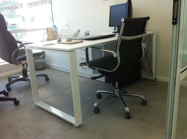 שולחן משרדי דגם AR